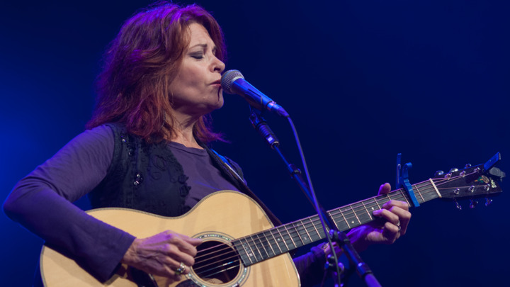 Stream Rosanne Cash's AmericanaFest NYC Concert | Rolling Stone